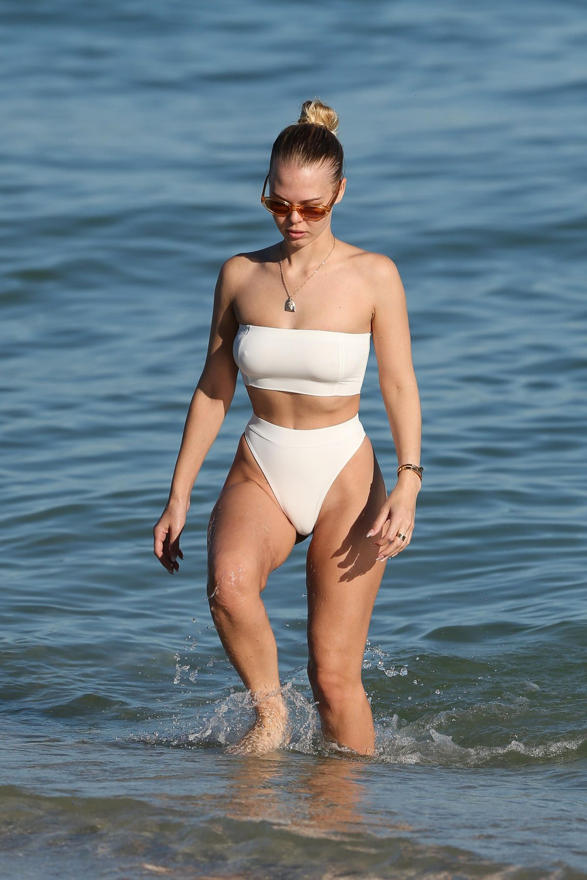 2019 Bianca Elouise nudes (74 photos), Ass, Hot, Instagram, braless 2019
