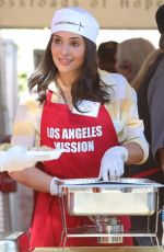 CAMILLA BANUS at Los Angeles Mission Thanksgiving Meal for the Homeless in Los Angeles 11/22/2017