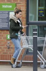 CANDICE BROWN Shopping at Waitrose in Essex 11/07/2017