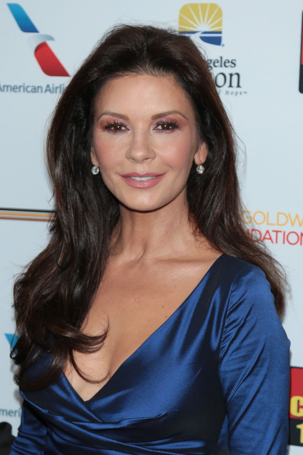 CATHERINE ZETA JONES at 7th Annual Los Angeles Mission's ... Catherine Zeta Jones