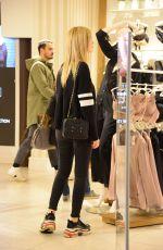 CHIARA FERRAGNI Out Shopping in Milan 11/13/2017
