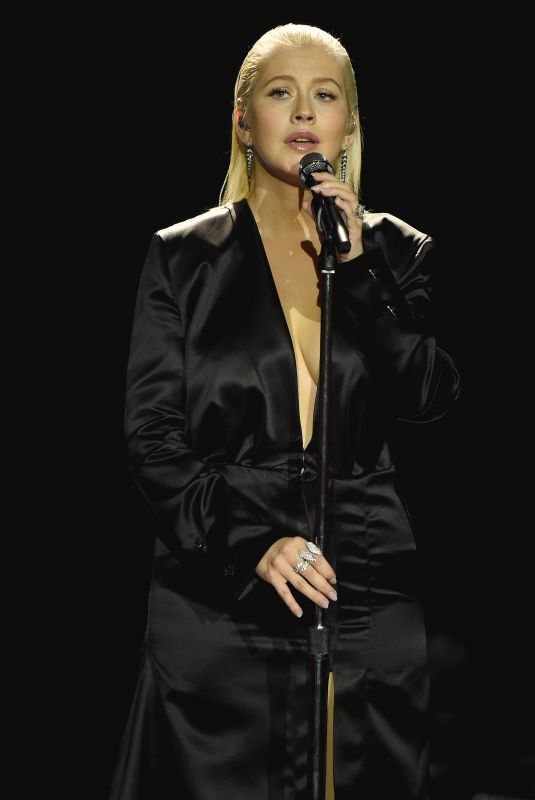 CHRISTINA AGUILERA Performs at 2017 American Music Awards in Los Angeles 11/19/2017