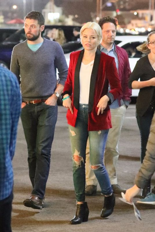 ELIZABETH BANKS Arrives at Bruno Mars Concert in Los Angeles 11/11/2017