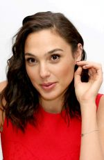 GAL GADOT at Justice League Press Conference in London 11/03/2017