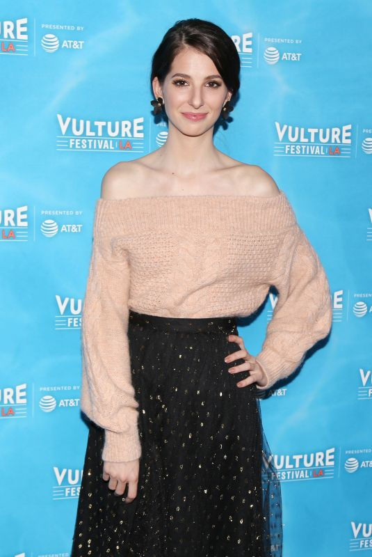 GENEVIEVE BUECHNER at Unreal vs Superstore Vulture Festival Event in Los Angeles 11/18/2017