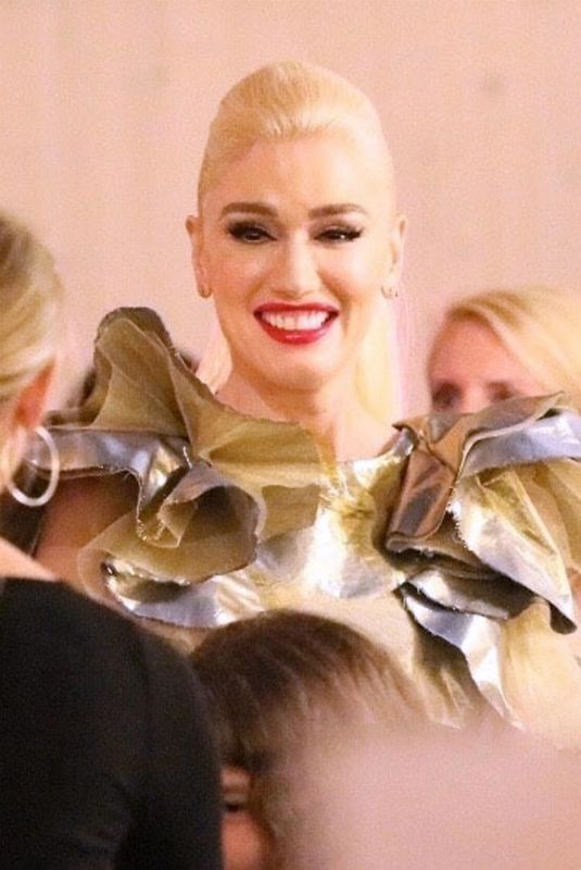 GWEN STEFANI at Christmas Album Signing at The Grove in Los Angeles 11/24/2017