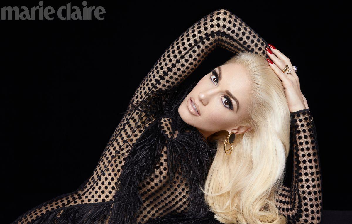 GWEN STEFANI for Marie Claire Magazine, December 2017 ... Gwen Stefani