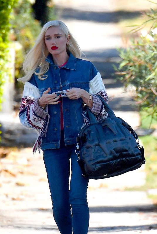 GWEN STEFANI Heading to a Dance Studio in West Hollywood 11/04/2017