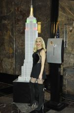 GWEN STEFANI Lights Empire State Building in New York 11/20/2017