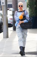 GWEN STEFANI Out and About in Los Angeles 11/15/2017