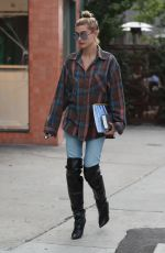HAILEY BALDWIN heading to Lunch at Zinque Cafe in West Hollywood 11/01/2017