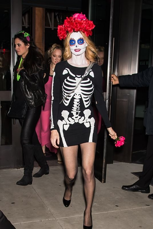 HEATHER GRAHAM at Heidi Klum's 18th Annual Halloween Bash in New York 10/31/2017