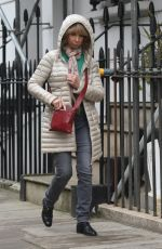 HELEN WORTH Out and About in Kensington 11/04/2017