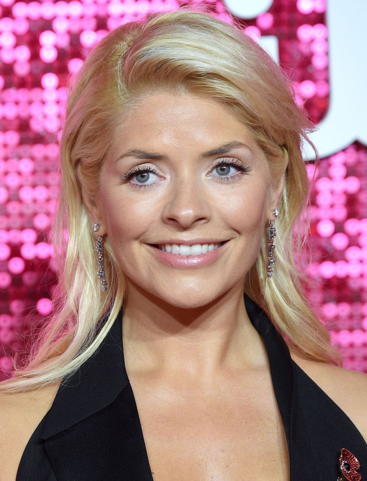 holly willoughby - photo #21