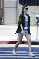 IMMY WATERHOUSE Out in West Hollywood 11/09/2017