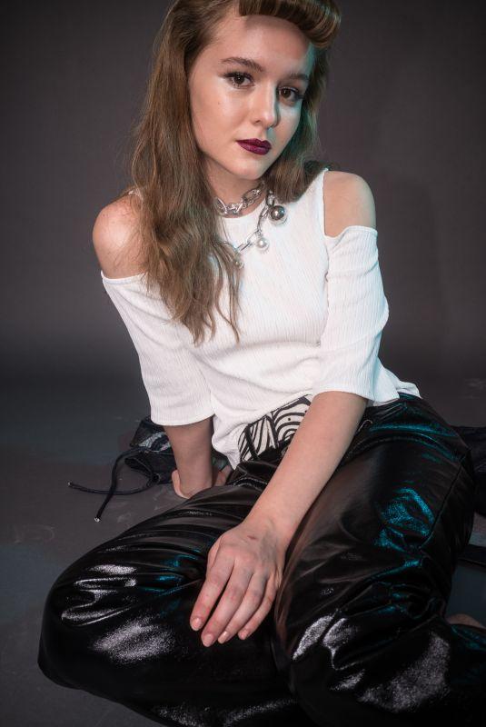 IZABELA VIDOVIC for Flaunt Magazine, November 2017