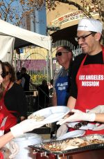 JEN LILLEY at Los Angeles Mission Thanksgiving Meal for the Homeless in Los Angeles 11/22/2017