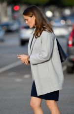 JENNIFER GARNER Out and About in Santa Monica 11/16/2017