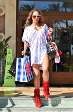 JENNIFER NICOLE LEE Out Shopping in Miami 11/03/2017