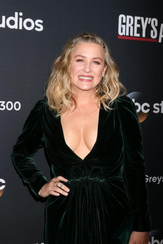 JESSICA CAPSHAW at 300th Grey's Anatomy Episode Celebration in Hollywood 11/04/2017