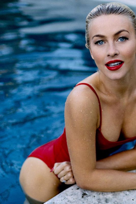 JULIANNE HOUGH in Swimsuit at a Pool, 11/10/2017 Instagram Picture