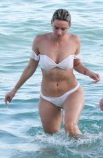 JULIEANNA YESJULZ GODDARD in Bikini at a Beach in Miami 11/25/2017