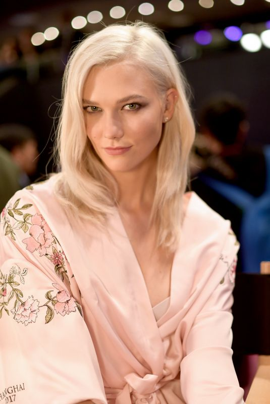 KARLIE KLOSS on the Backstage at 2017 VS Fashion Show in Shanghai 11/20/2017