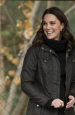 KATE MIDDLETON at Robin Hood Primary School in London 11/29/2017
