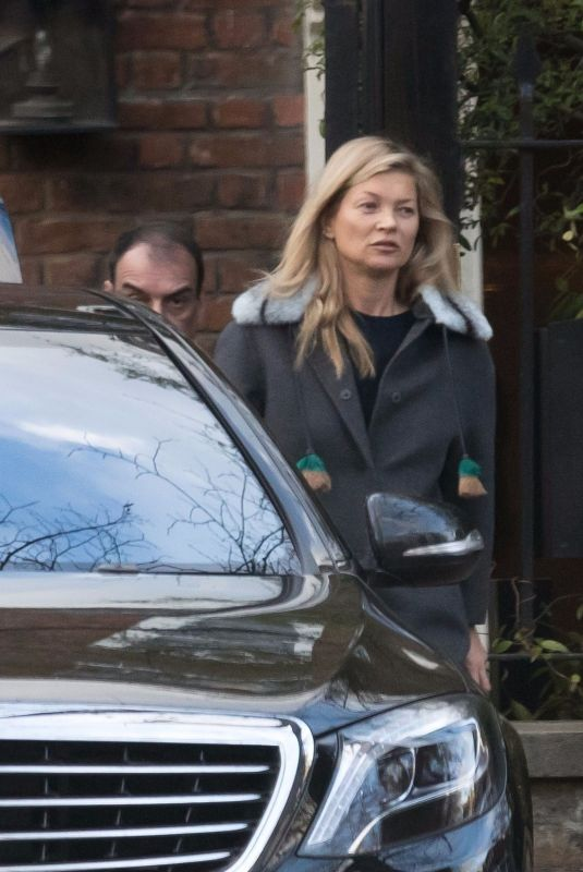KATE MOSS Leaves Her Home in London 11/25/2017