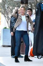 KATE WINSLET Arrives at Her Hotel in Santa Monica 11/14/2017