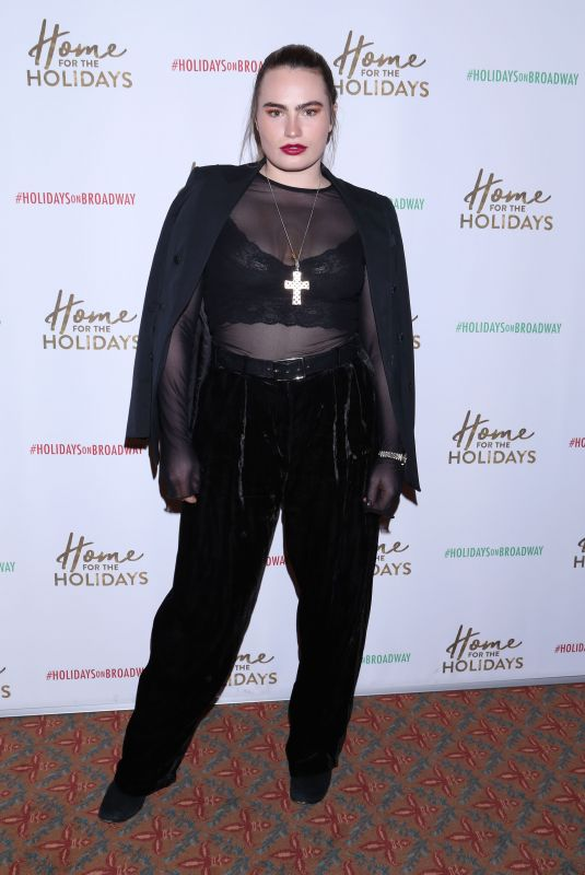 KATHRYN GALLAGHER at Home for the Holidays Opening Night in New York 11/21/2017