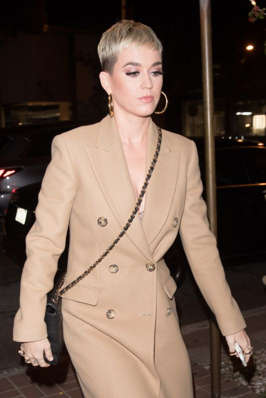 KATY PERRY Heading for Dinner with The Weeknd in West Hollywood 11/20/2017