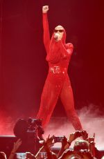 KATY PERRY Performs at Staples Center in Los Angeles 11/07/2017