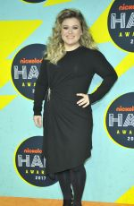 KELLY CLARKSON at Nickelodeon Halo Awards in New York 11/04/2017