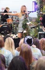 KELSE BALLERINI Performs at Good Morning America 11/08/2017