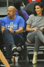KENDALL JENNER at 76ers vs Clippers Game in Los Angeles 11/13/2017