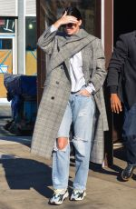 KENDALL JENNER in RIpped Jeans Out for Lunch in New York 11/20/2017