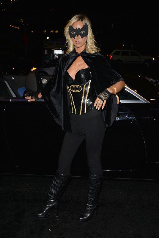 LADY VICTORIA HERVEY at Treats! Magazine 7th Annual Halloween Party in Los Angeles 10/31/2017