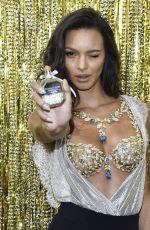 LAIS RIBEIRO Unveils Victoria
