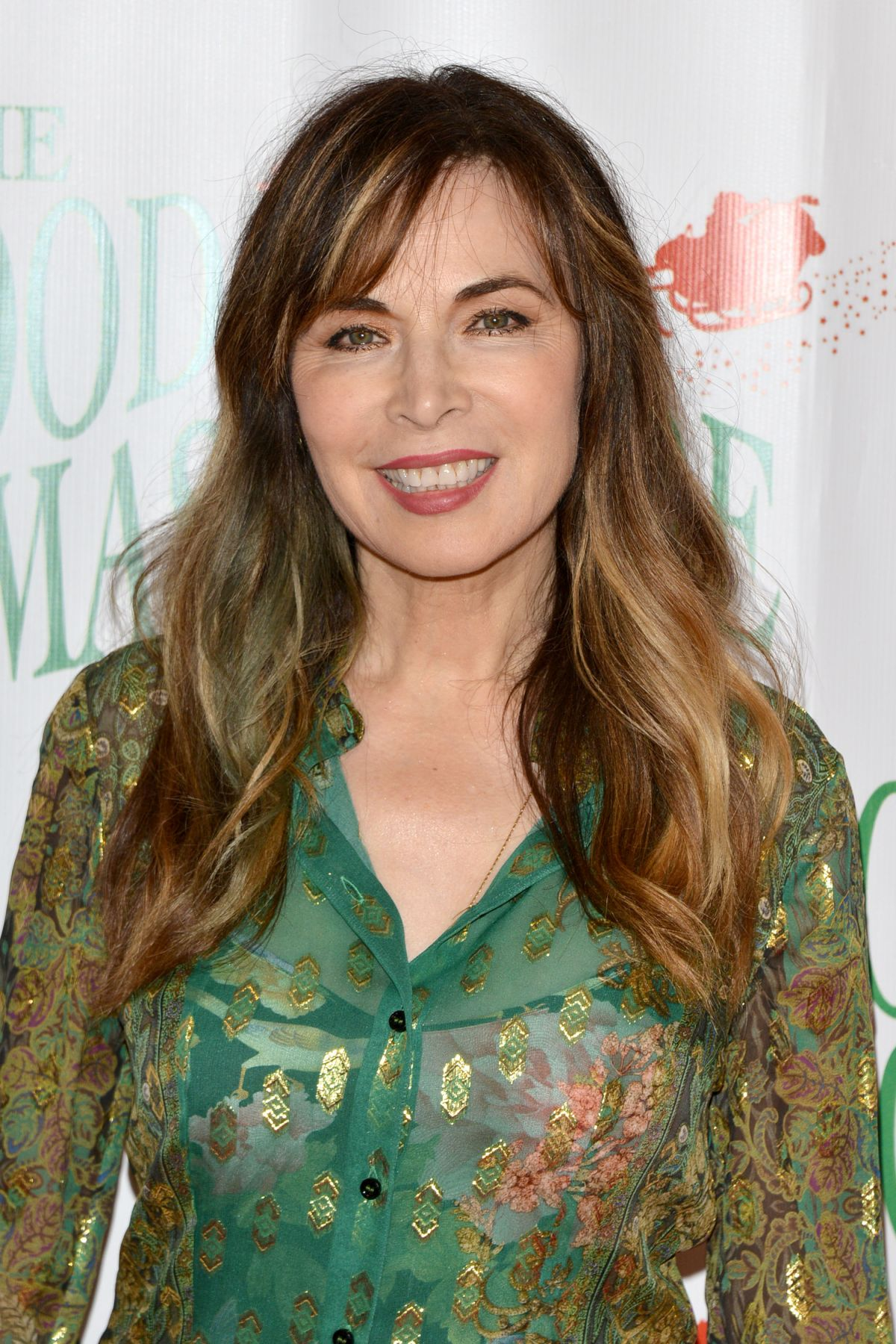 Lauren Koslow At 86th Annual Hollywood Christmas Parade In Los Angeles 11 26 2017 Hawtcelebs Elle obtient son premier rôle dans le soap les feux de l'amour, puis joue dans beaucoup de soap operas. lauren koslow at 86th annual hollywood