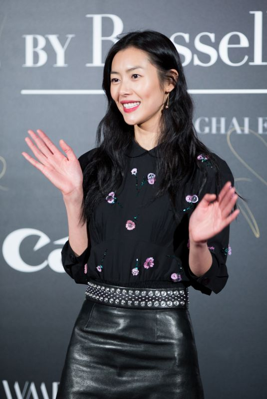 LIU WEN at Mercedes-Benz Backstage Secrets by Russell James Book Launch and Shanghai Exhibition Opening Party 11/18/2017