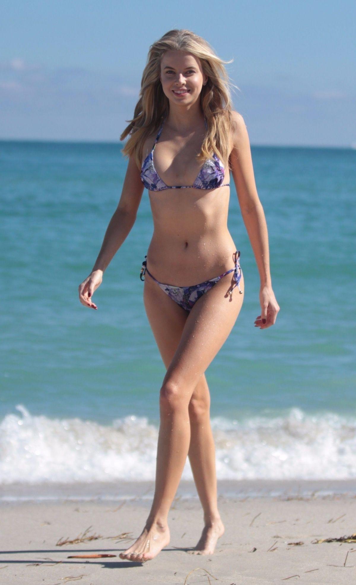 Louisa Warwick in Violet Bikini at the beach in Miami Pic 27 of 35