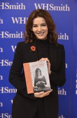 Nigella at my table book waterstones