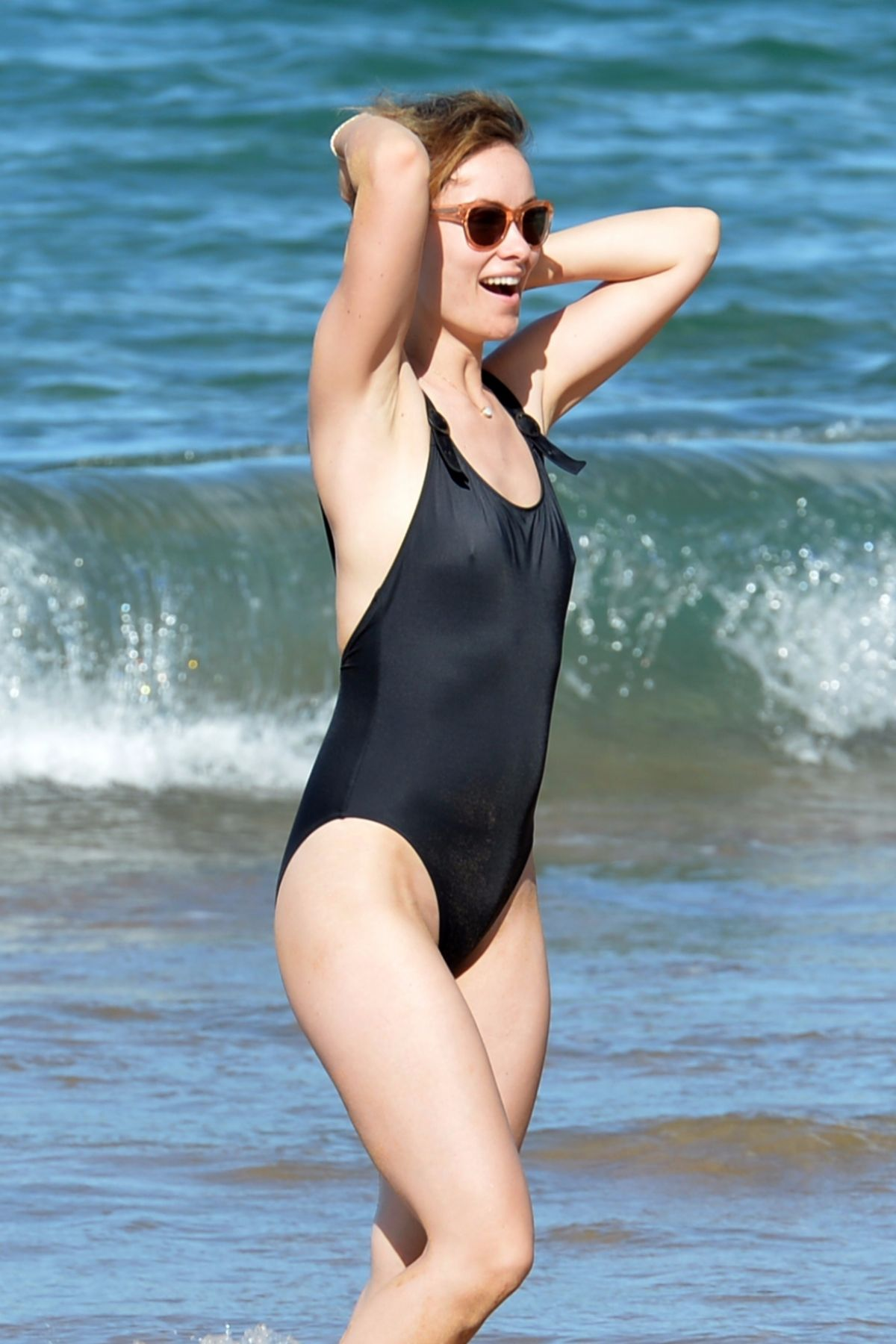 Olivia Wilde In Swimsuit At A Beach In Hawaii 11 19 2017