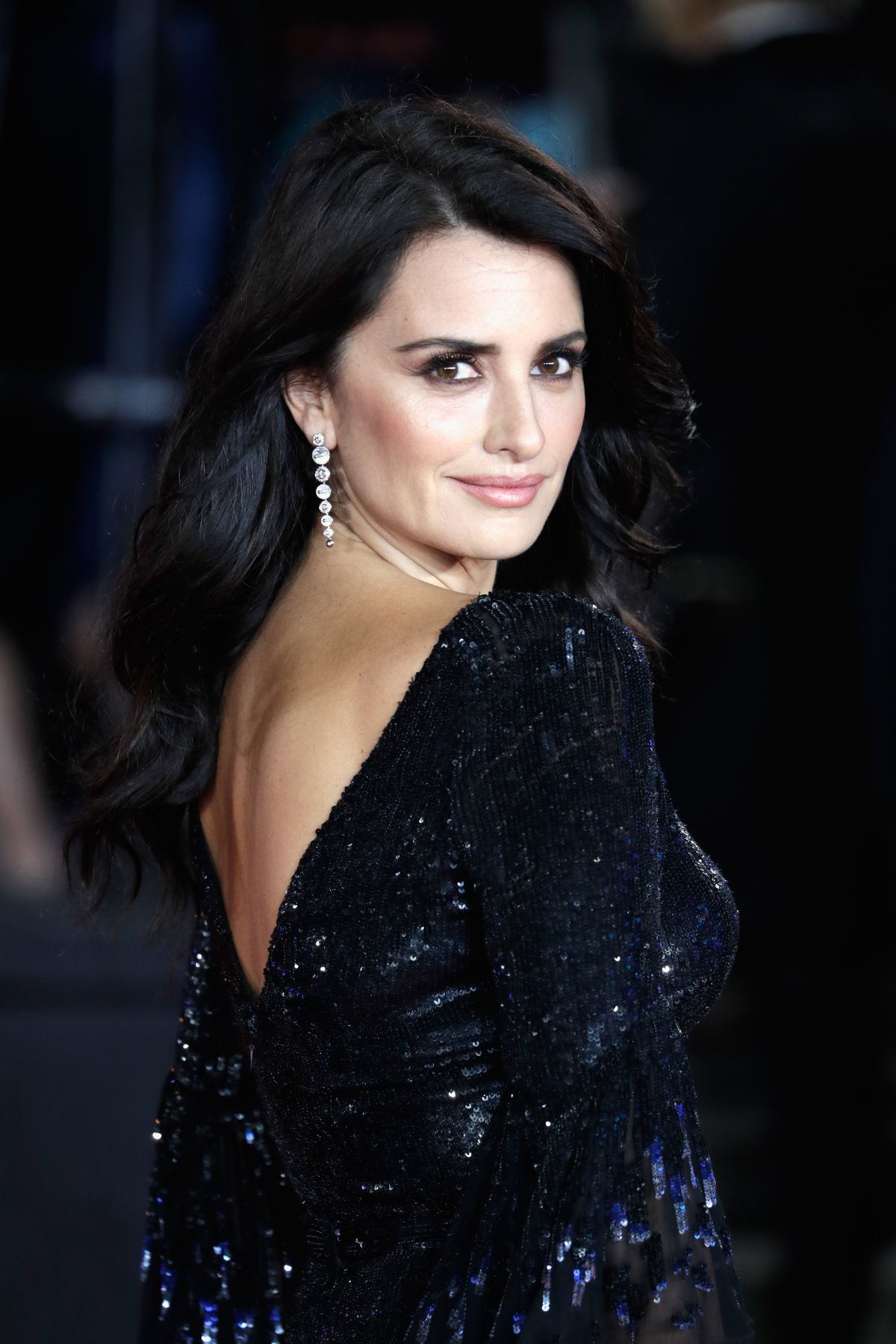 PENELOPE CRUZ at Murder on the Orient Express Premiere in ... Penelope Cruz