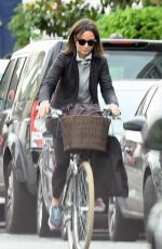 PIPPA MIDDLETON Out Riding a Bicycle in London 11/09/2017