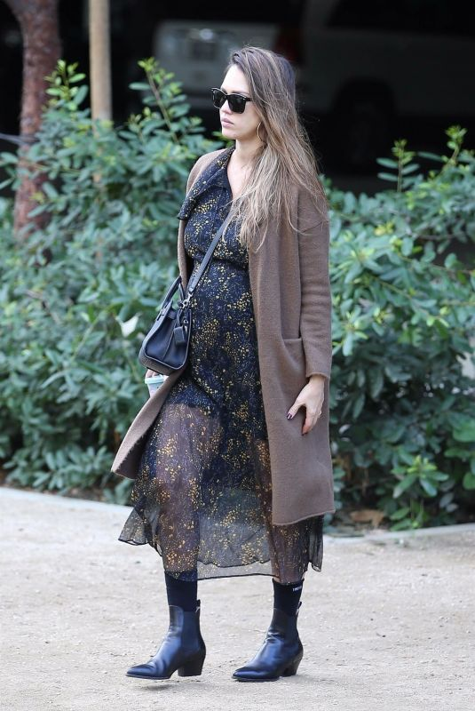 Pregnant JESSICA ALBA Arrives at Honest Company in Los Angeles 11/17/2017