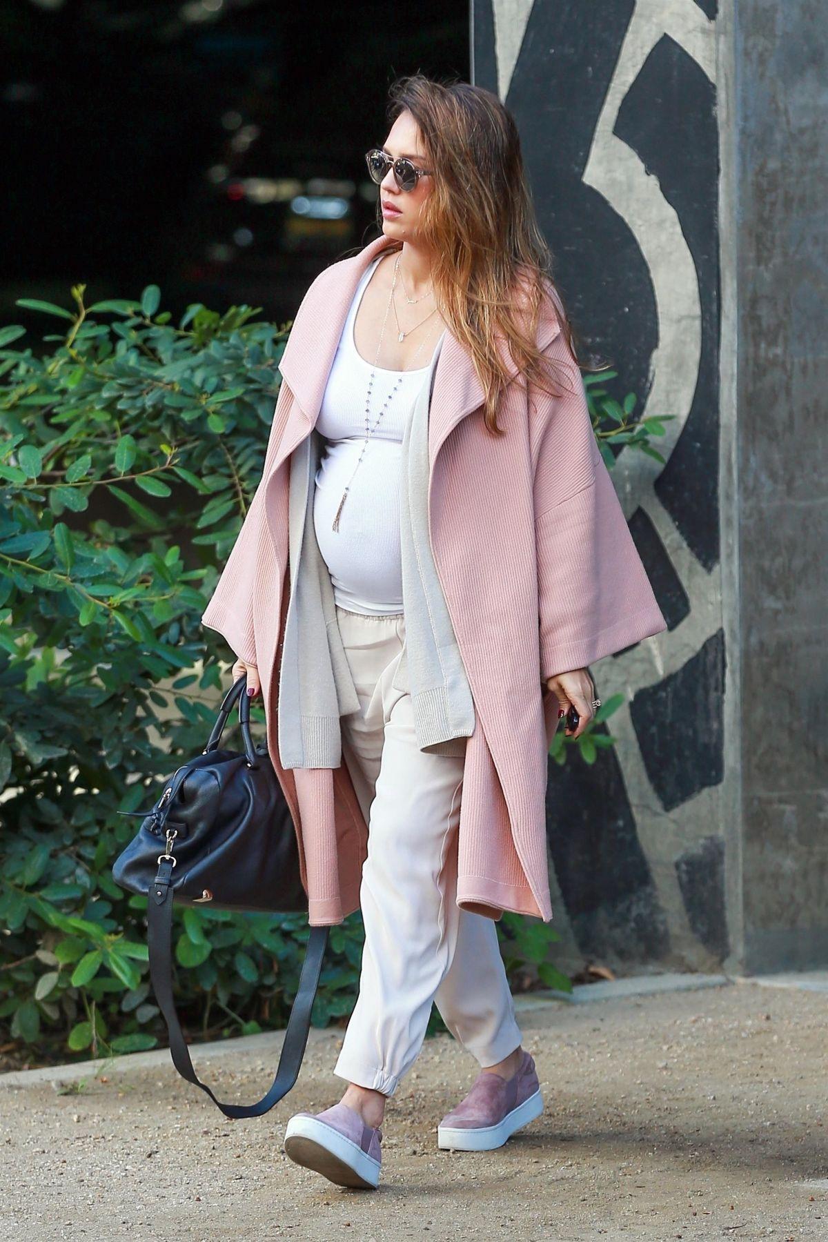 Jessica alba pregnant fashion 51