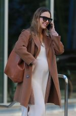 Pregnant JESSICA ALBA Out and About in Los Angeles 11/09/2017