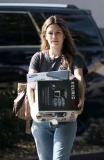 RACHEL BILSON Shopping at Best Buy in Los Angeles 11/13/2017